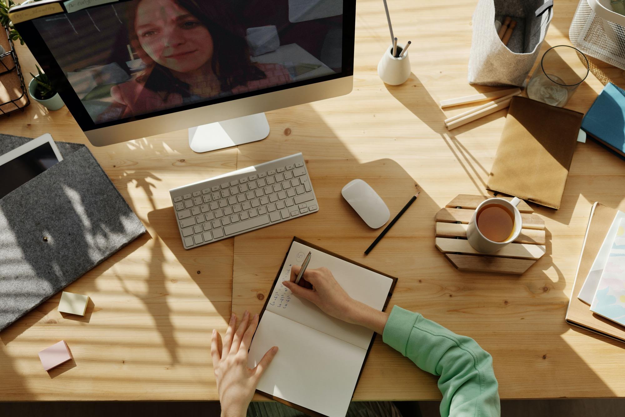 reuniao por video videoconferencia